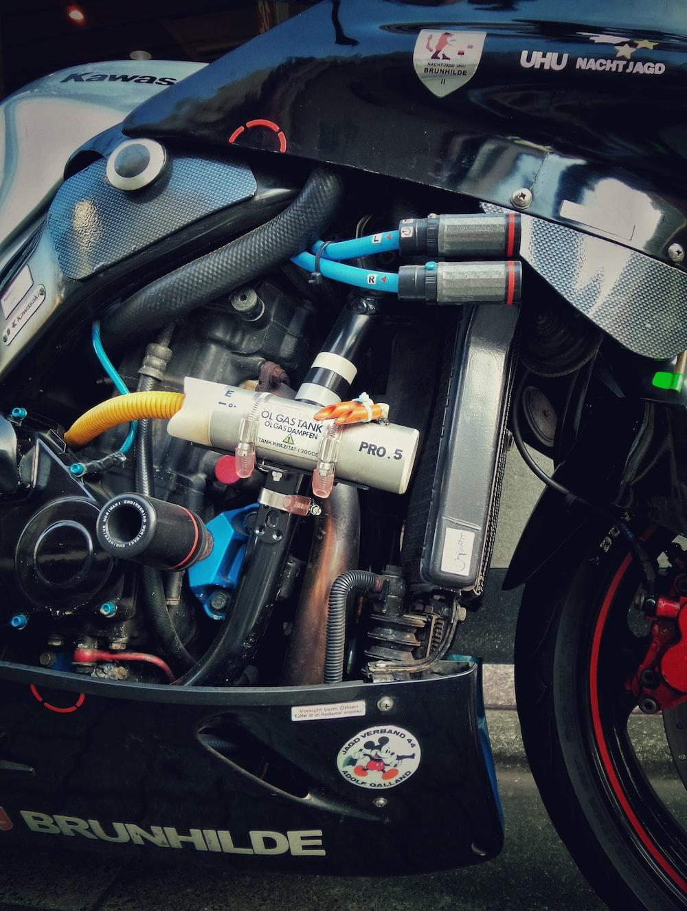 gray motorcycle gas tank