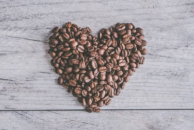 heart coffee beans food styling zoom background