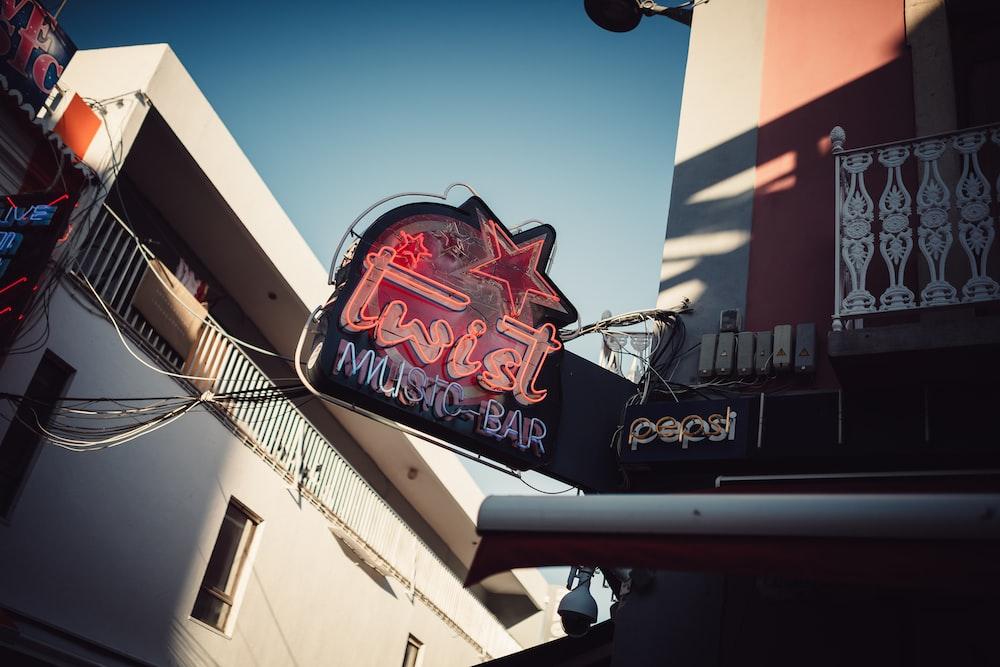 turned-on Twist Musto Bar neon signage