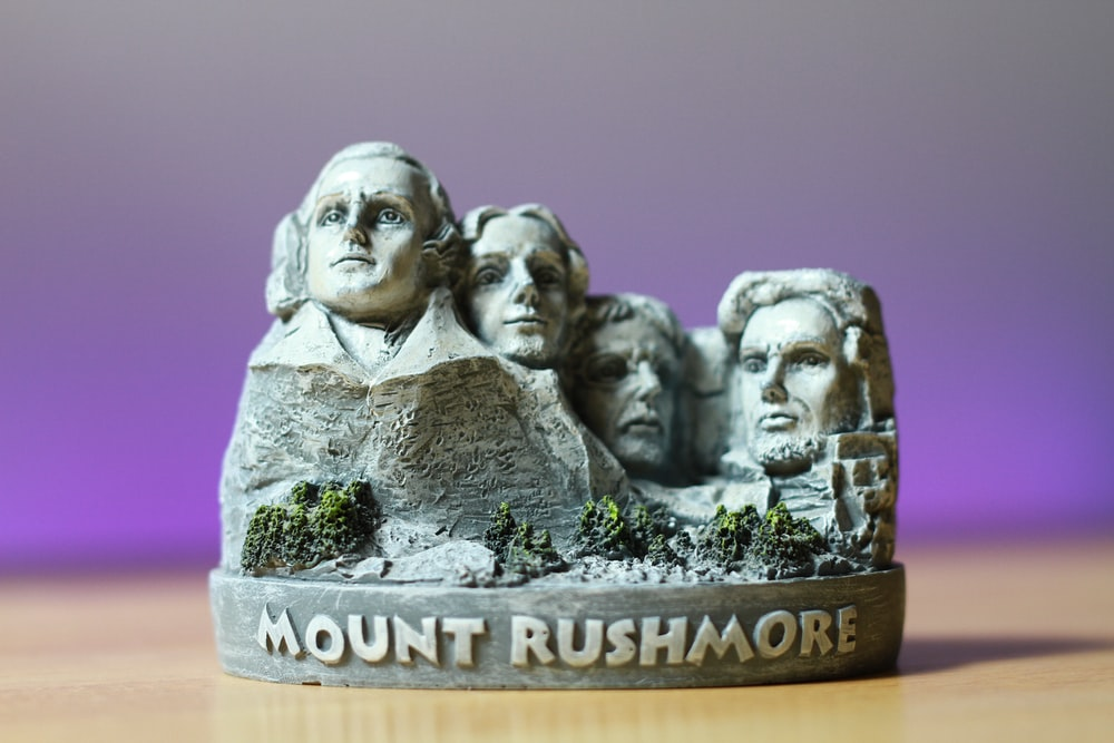 gray Mount Rushmore miniature decor