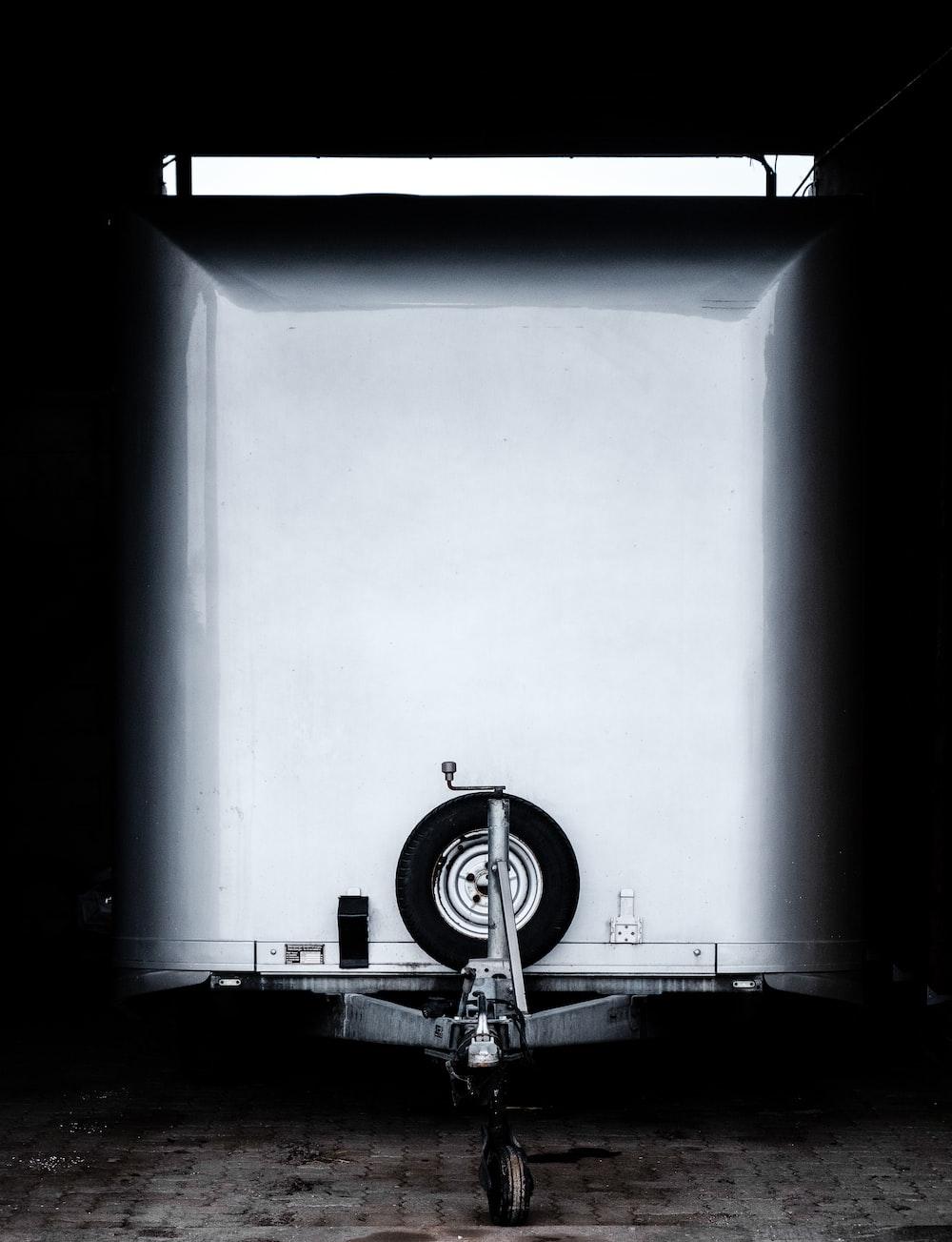 photo of white trailer