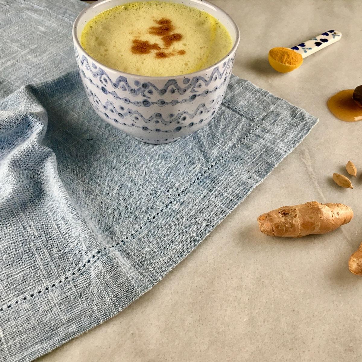 ayurveda, gingers and ceramic bowl