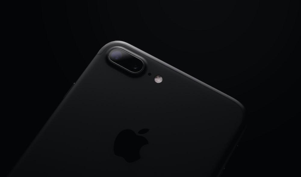 black iPhone 7 Plus screenshot