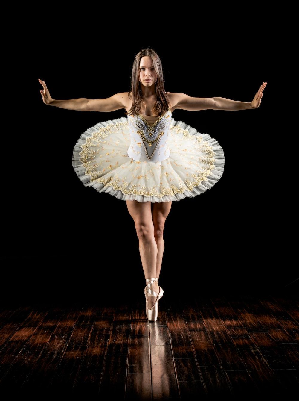 ballerina standing in her toes