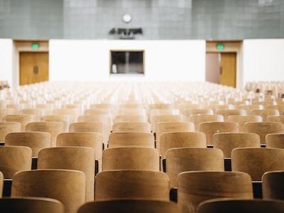 'Le università sono come dinosauri: o cambiano o moriranno'
