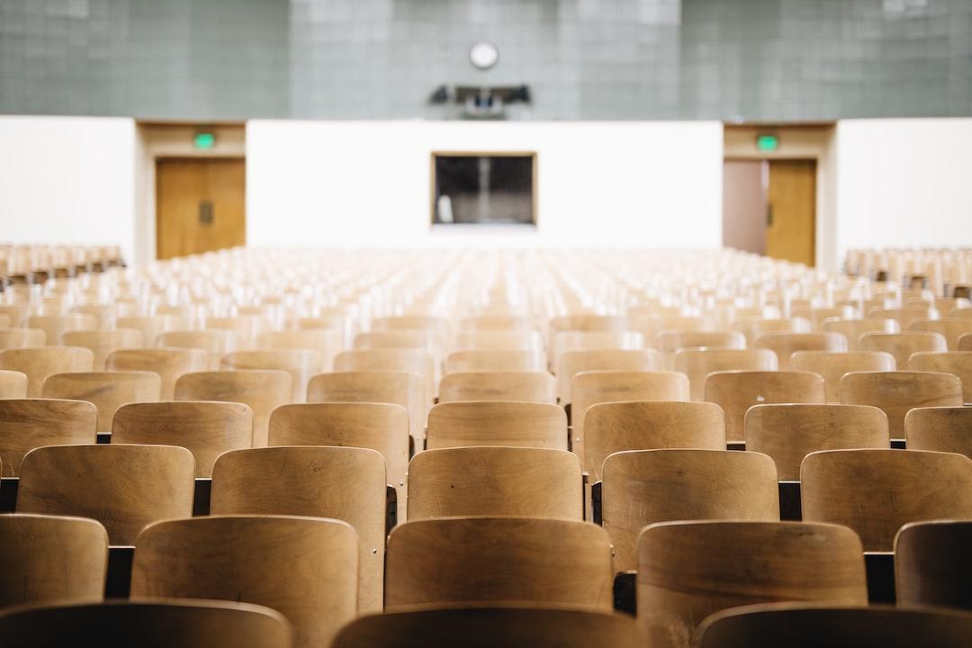 『【2019年卒版】上智大学の学部別の就職実績とサポート体制を徹底紹介!』の画像