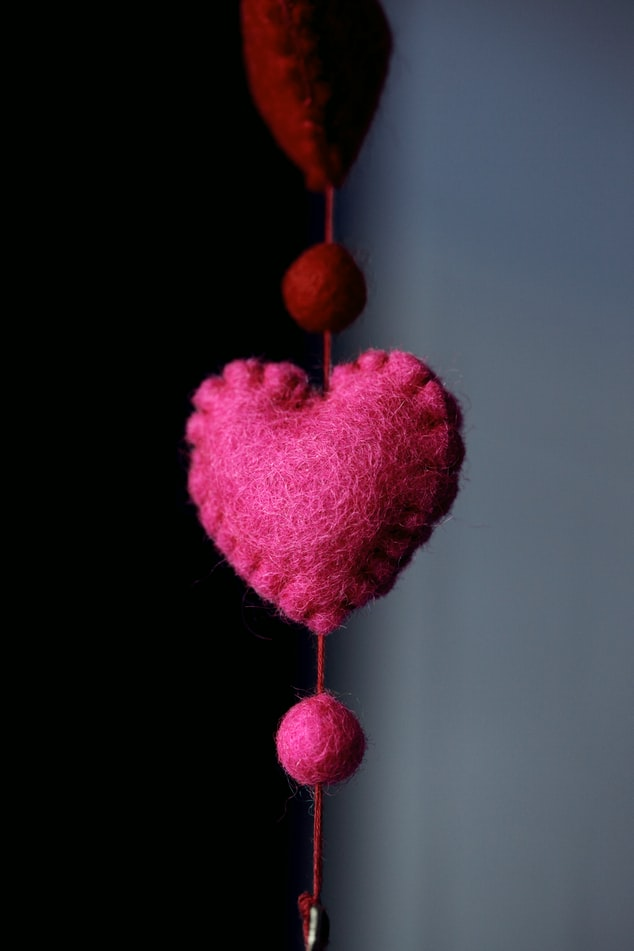 Hanging Hearts Pattern | 51 Simple Christmas Ornaments You Can Start Sewing Today