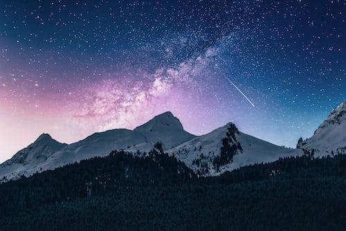 Звёздное небо и космос в картинках - Страница 4 Photo-1519681393784-d120267933ba?ixlib=rb-1.2