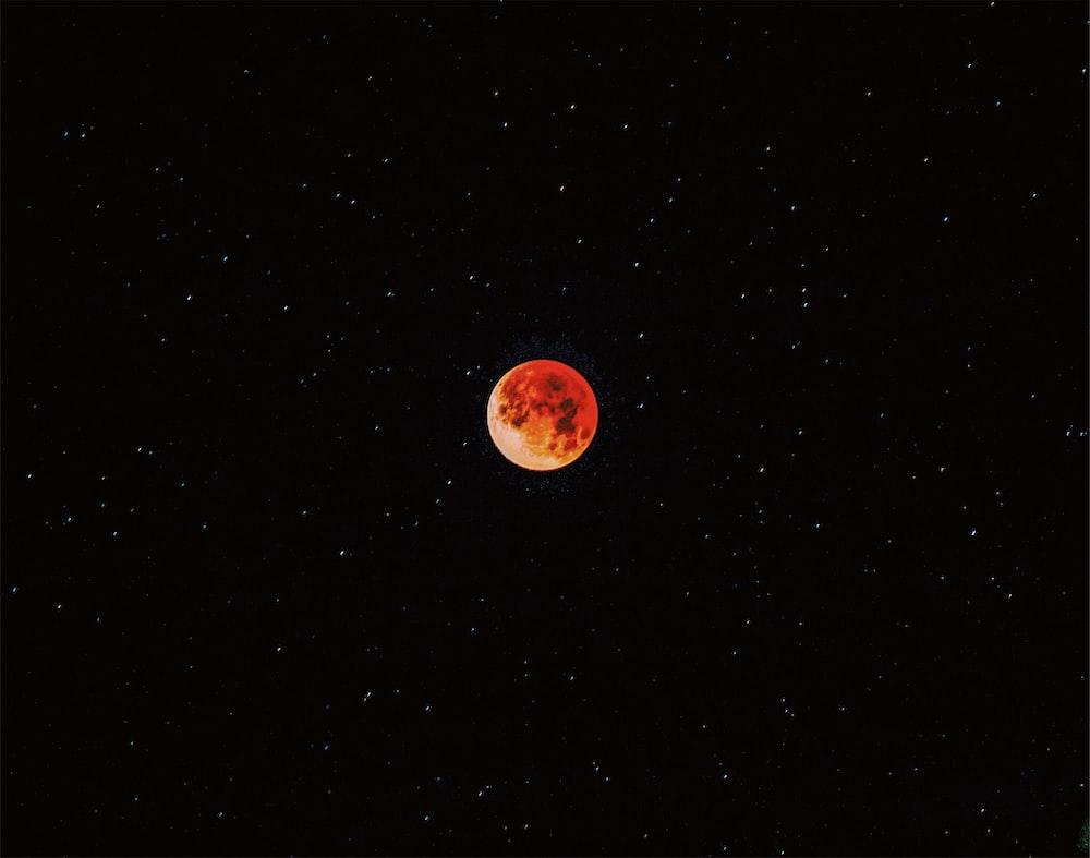 Luna eclipse during nighttime