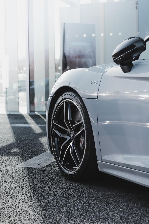 Audi R8 Pictures Download Free Images On Unsplash