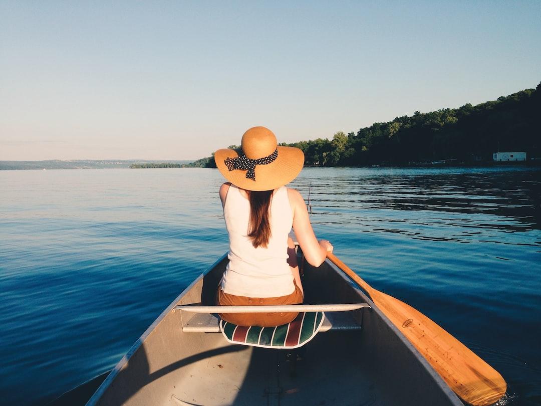 Canoeing on Cayuga Lake, Finger Lakes, New York