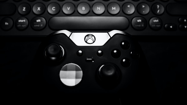 Game Gurus. black Xbox One controller