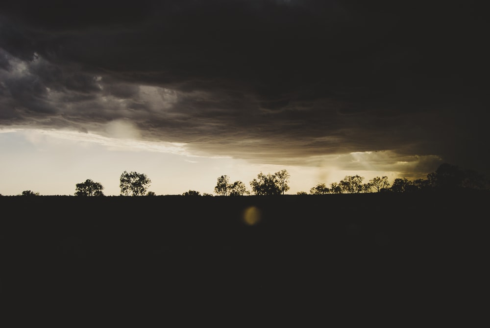 Dark Clouds Pictures Download Free Images On Unsplash