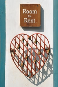 """""""Room for rent"""""""