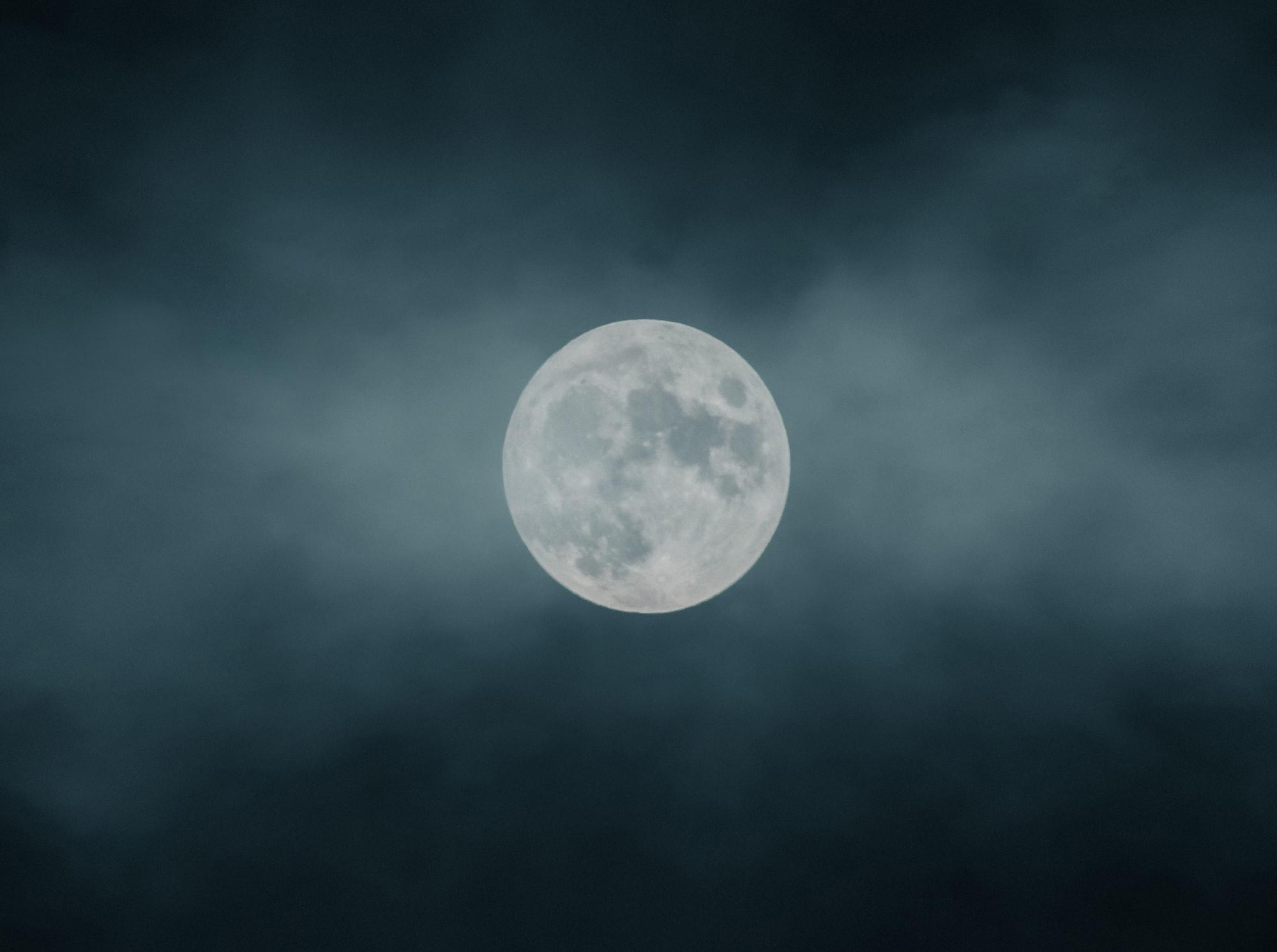 Mjesečarenje – limb između jave i sna