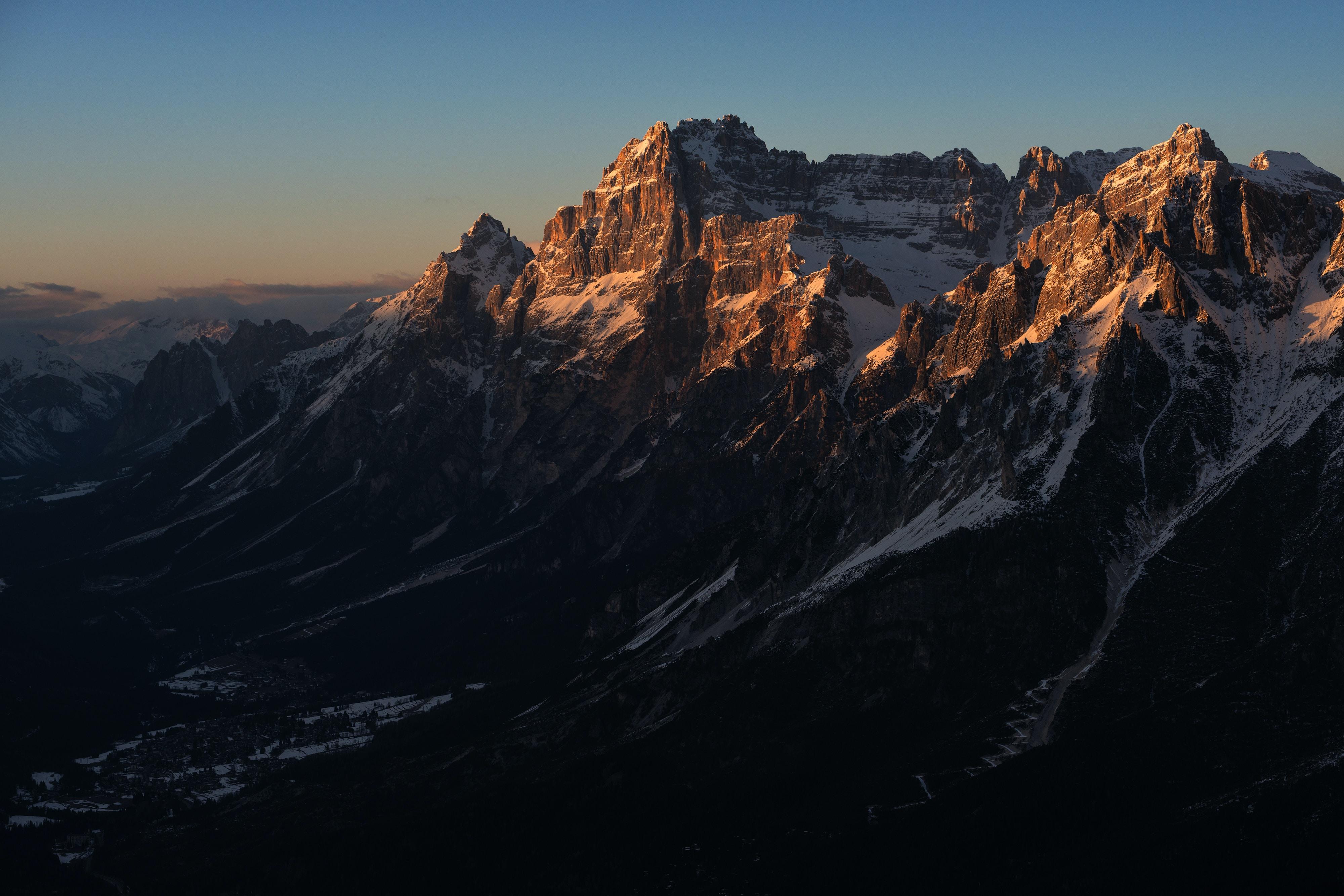 landscape photography of Mount Everest