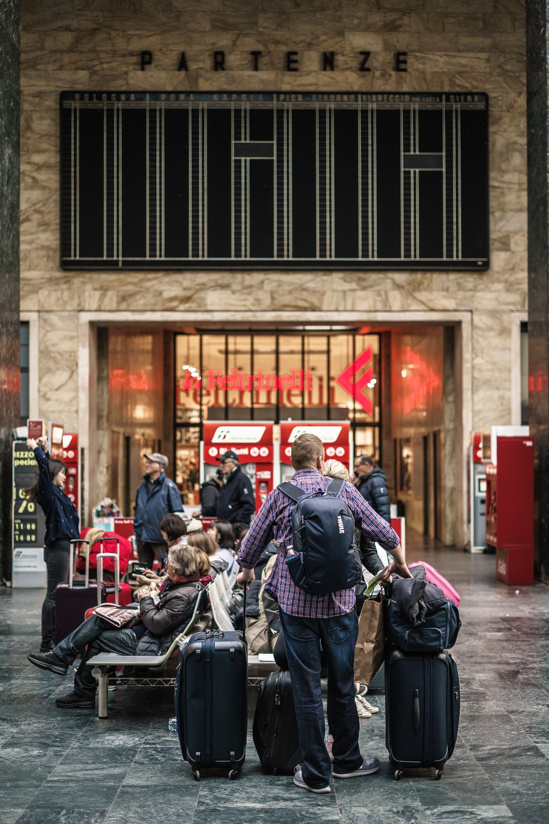 All about luggage storage facilities at King's Cross Station