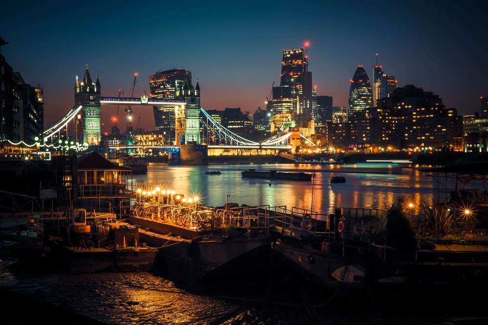 Best 500+ London At Night Pictures | Download Free Images on Unsplash