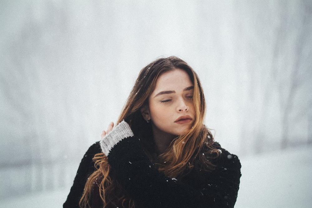 Cómo evitar el encrespamiento del cabello