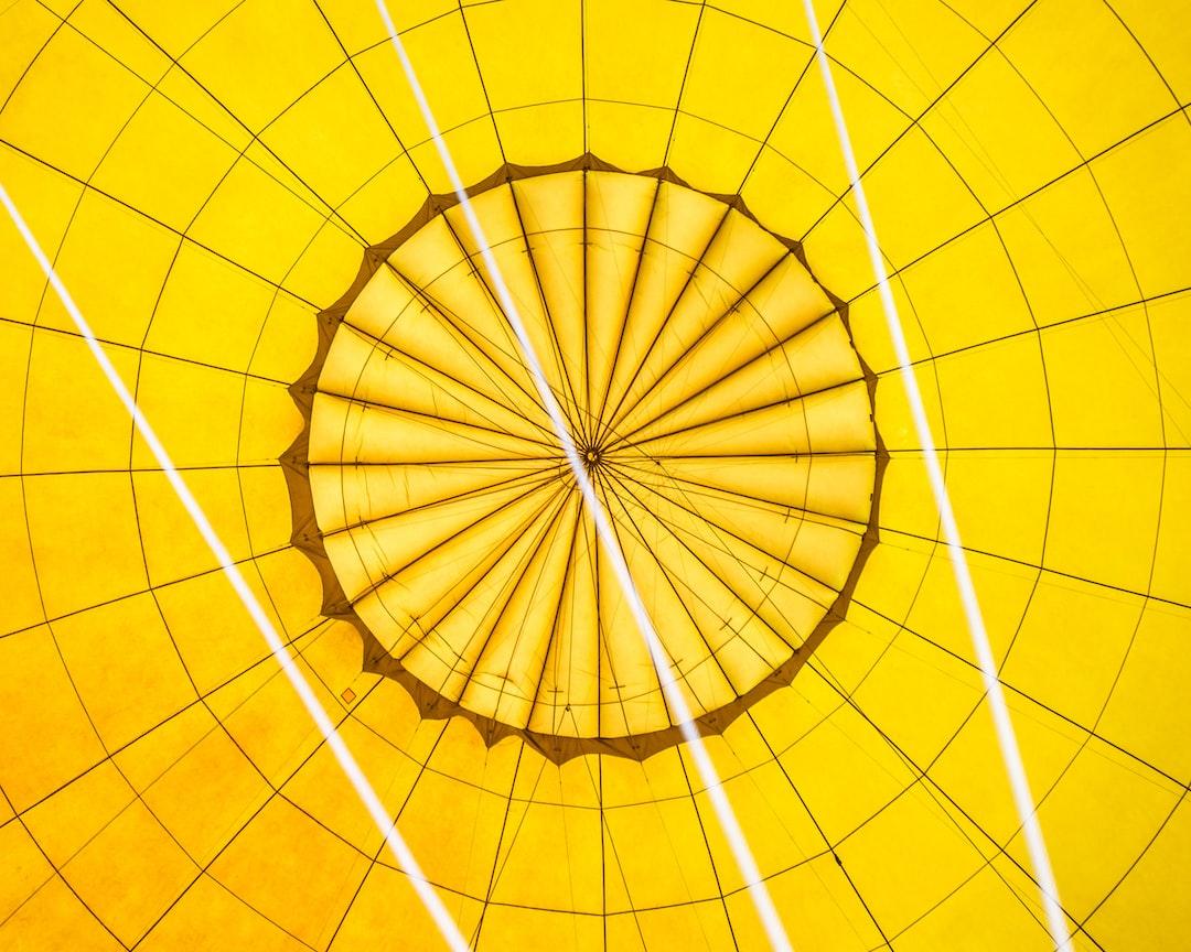 Looking up at the hot air balloon.