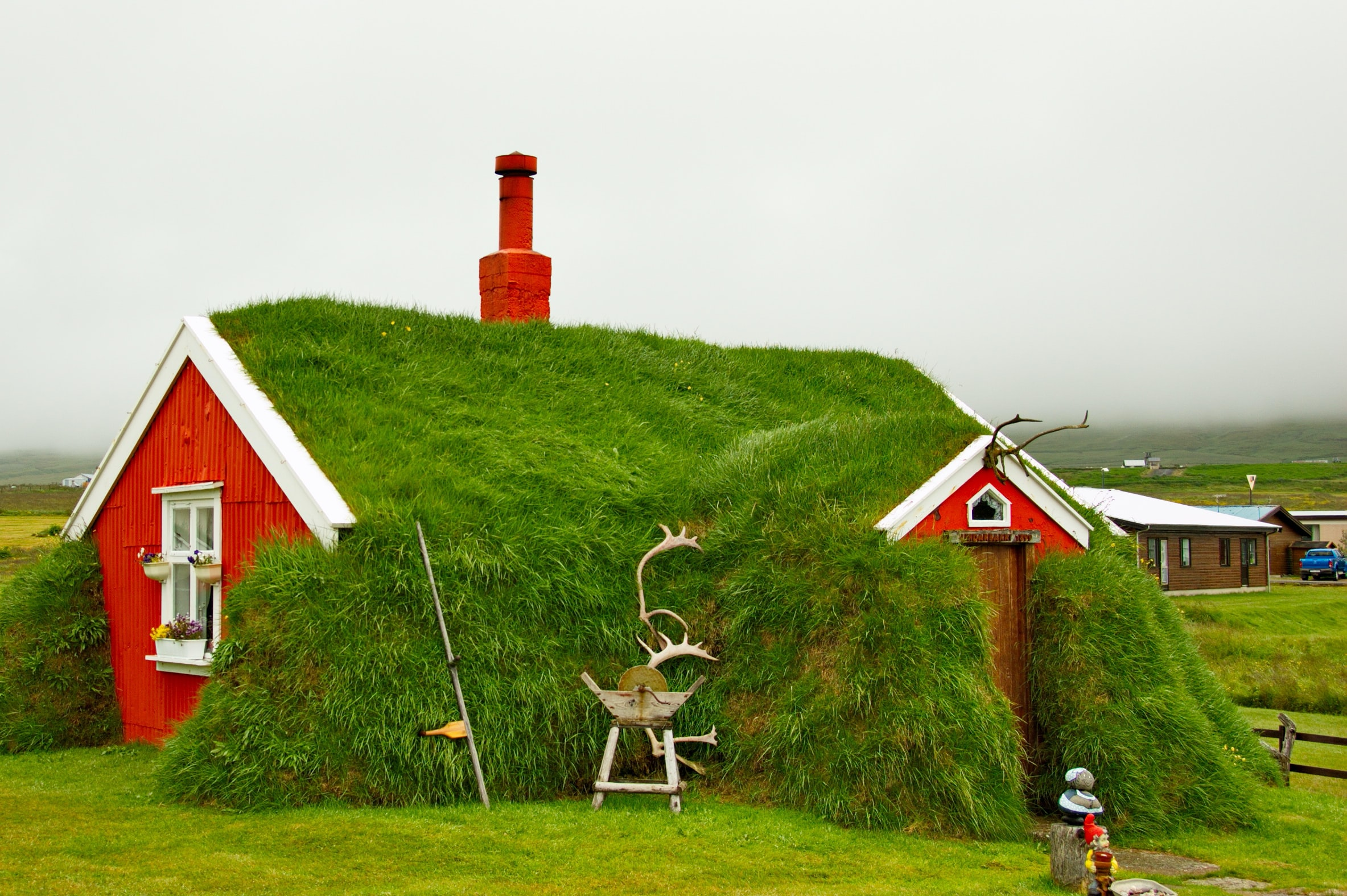 barn surrounded with grass