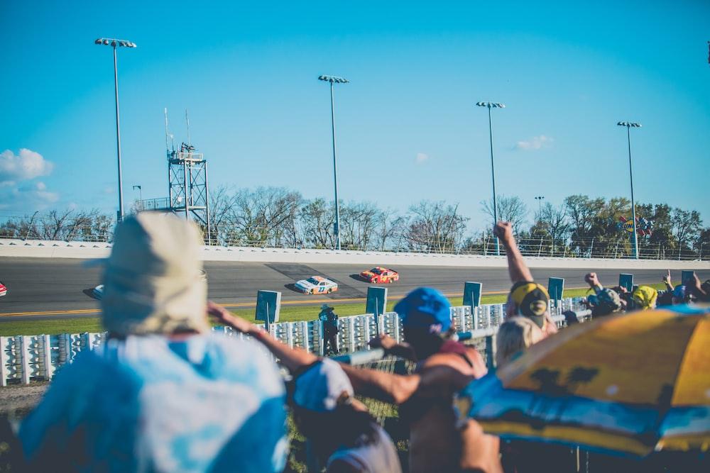 people watching car race