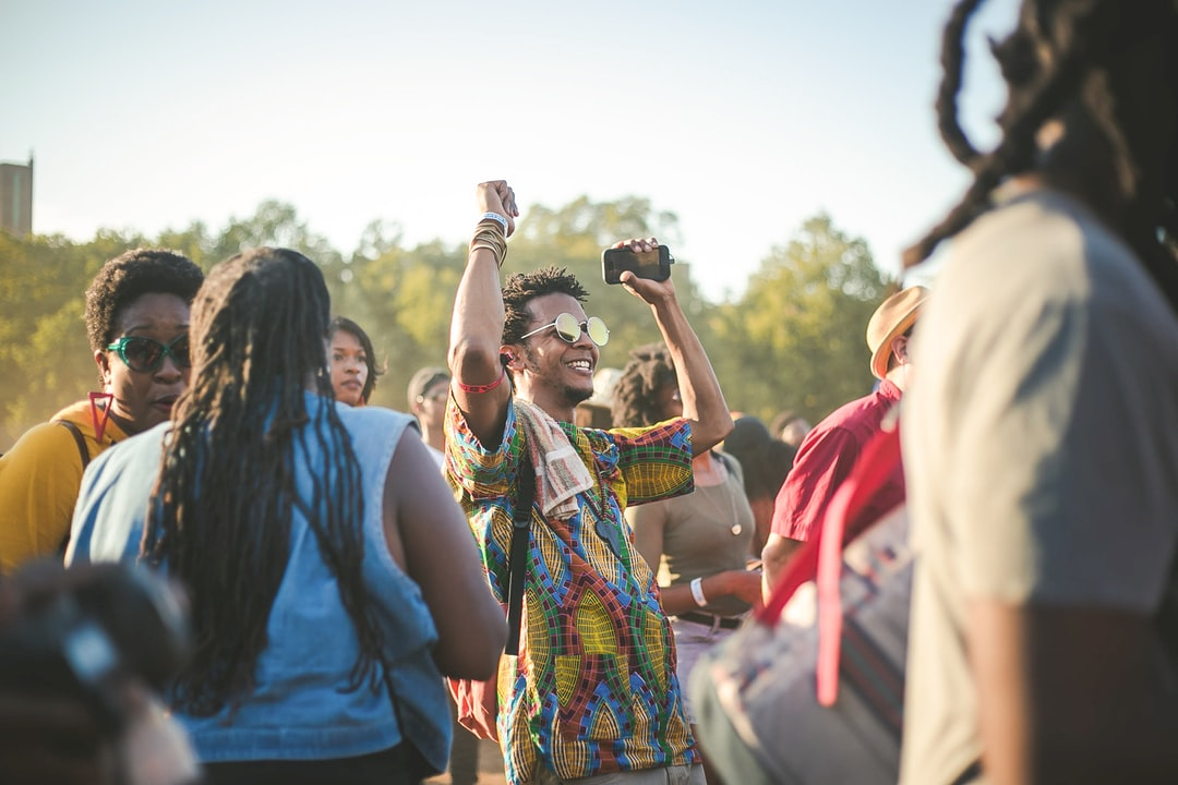 Afropunk Festival was the first major event I attended when I moved to New York in Summer 2013. It was like my introduction to Brooklyn, and I've gone every year since, basking in the culture and admiring the people through my lenses. I rarely go to see the musicians (shhh, don't tell anyone).