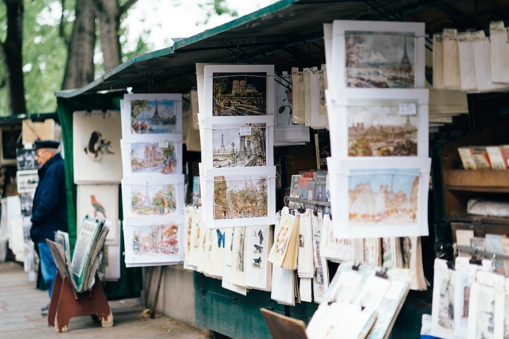 white photo frames