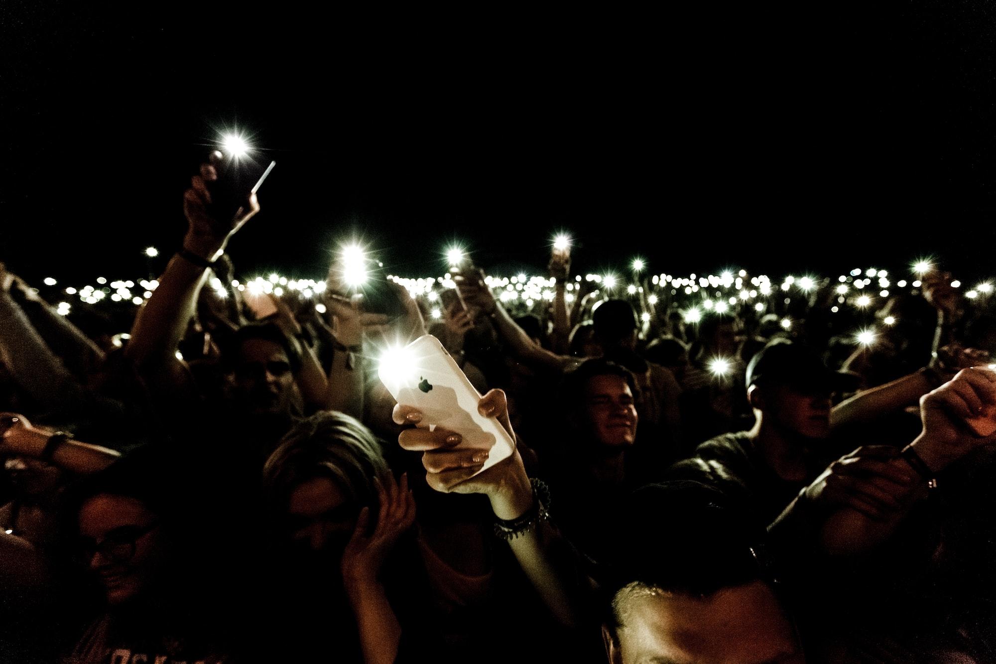 Как исправить автоматическое включение фонарика на iPhone