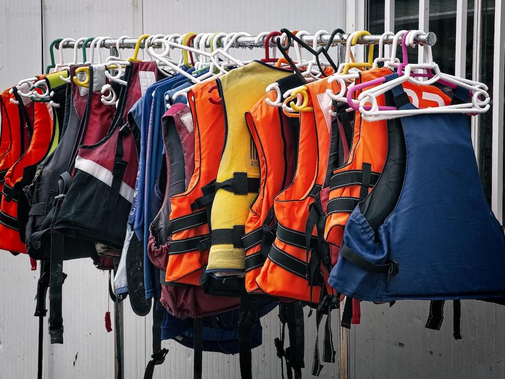assorted life vest lot