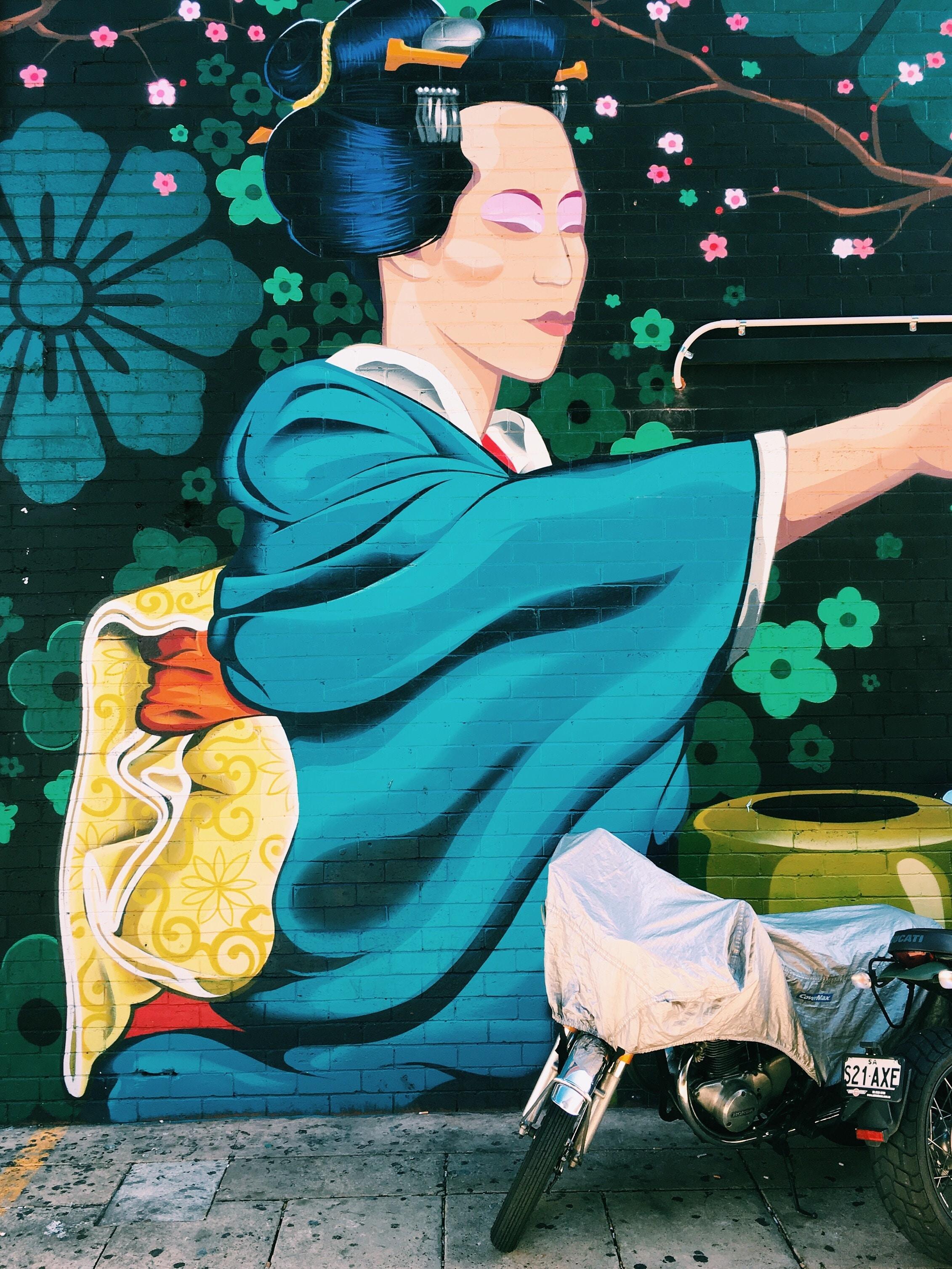 graffiti art of geisha