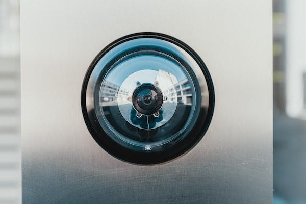 Migliore telecamera di sorveglianza: da esterno, da interno, registrazione al buio