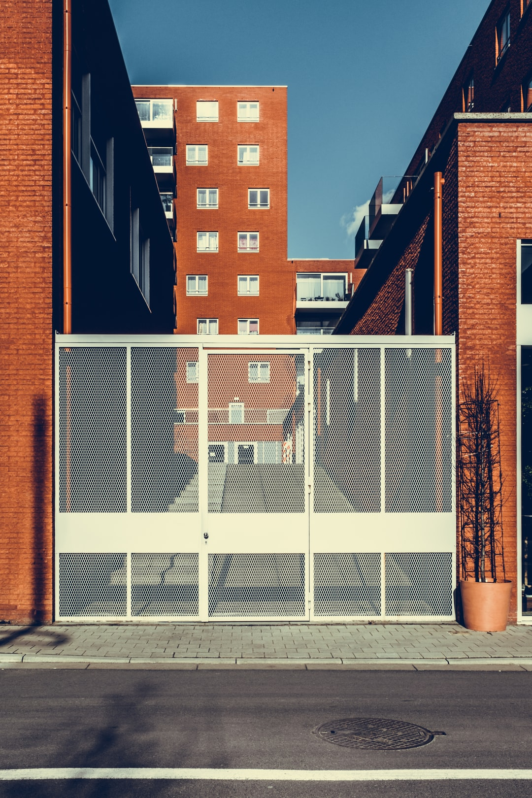Important factors to consider when purchasing commercial property