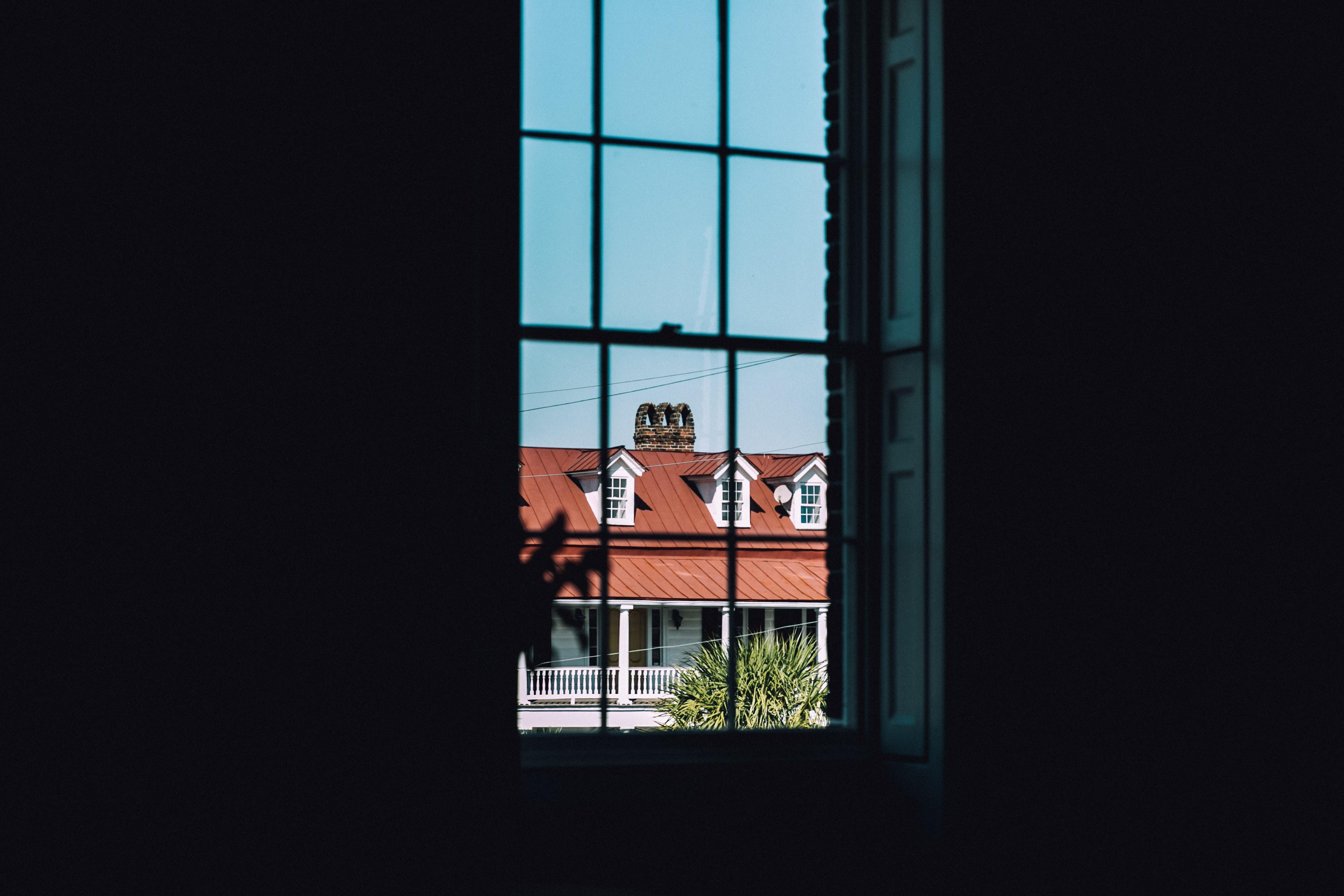 closeup photography of window