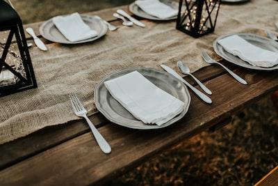farmhouse tableware
