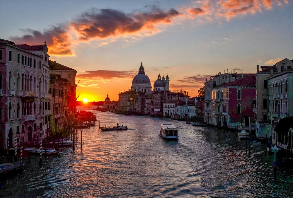 landscape photo of Venice during sunset
