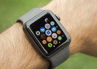 space gray aluminum case Apple Watch with black sport band