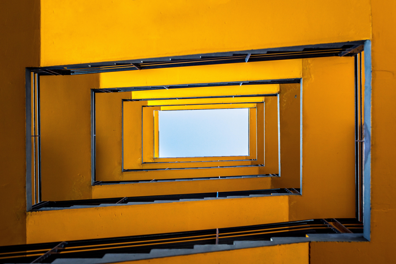 rectangular spiral staircase