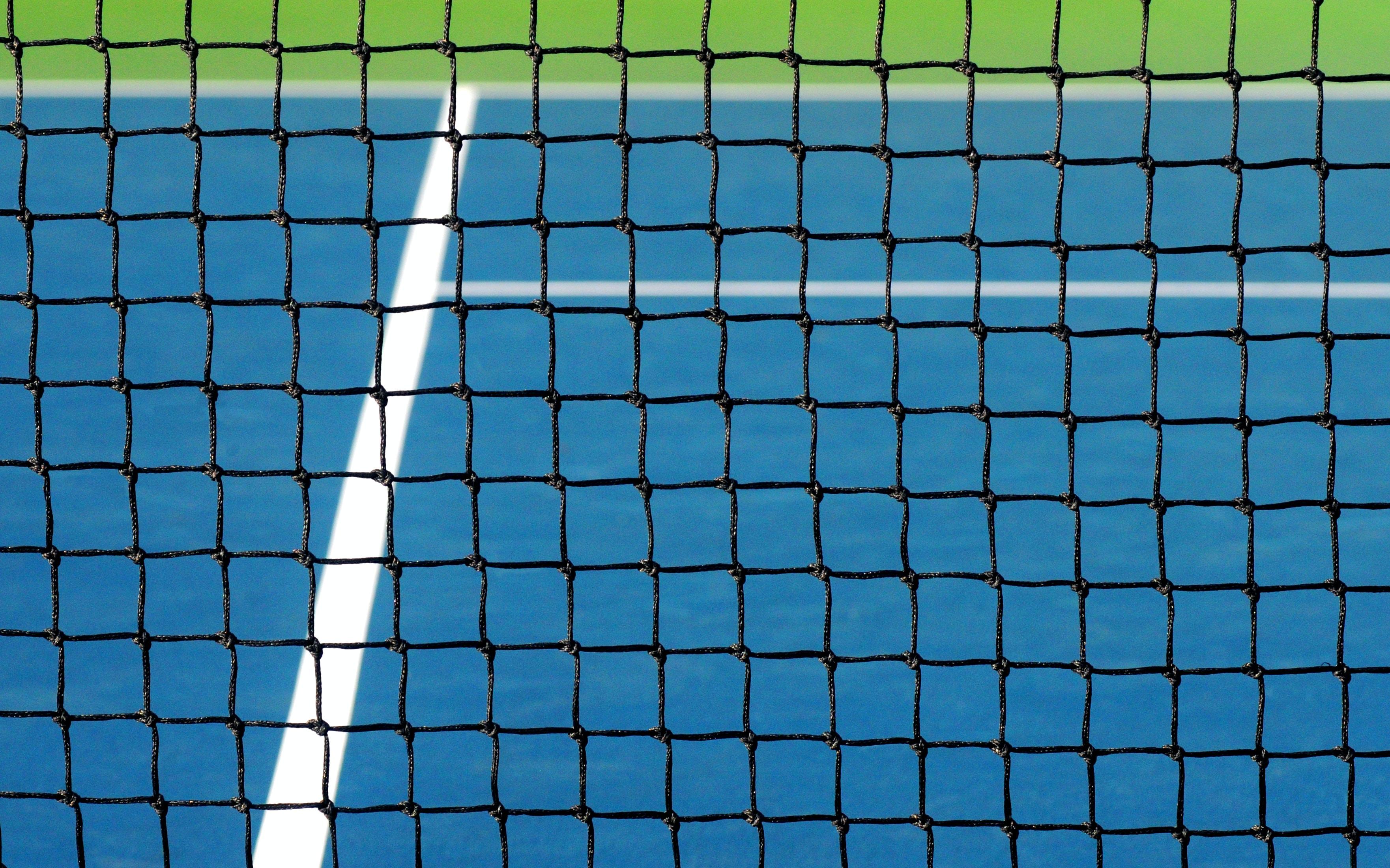 closeup photo of tennis net