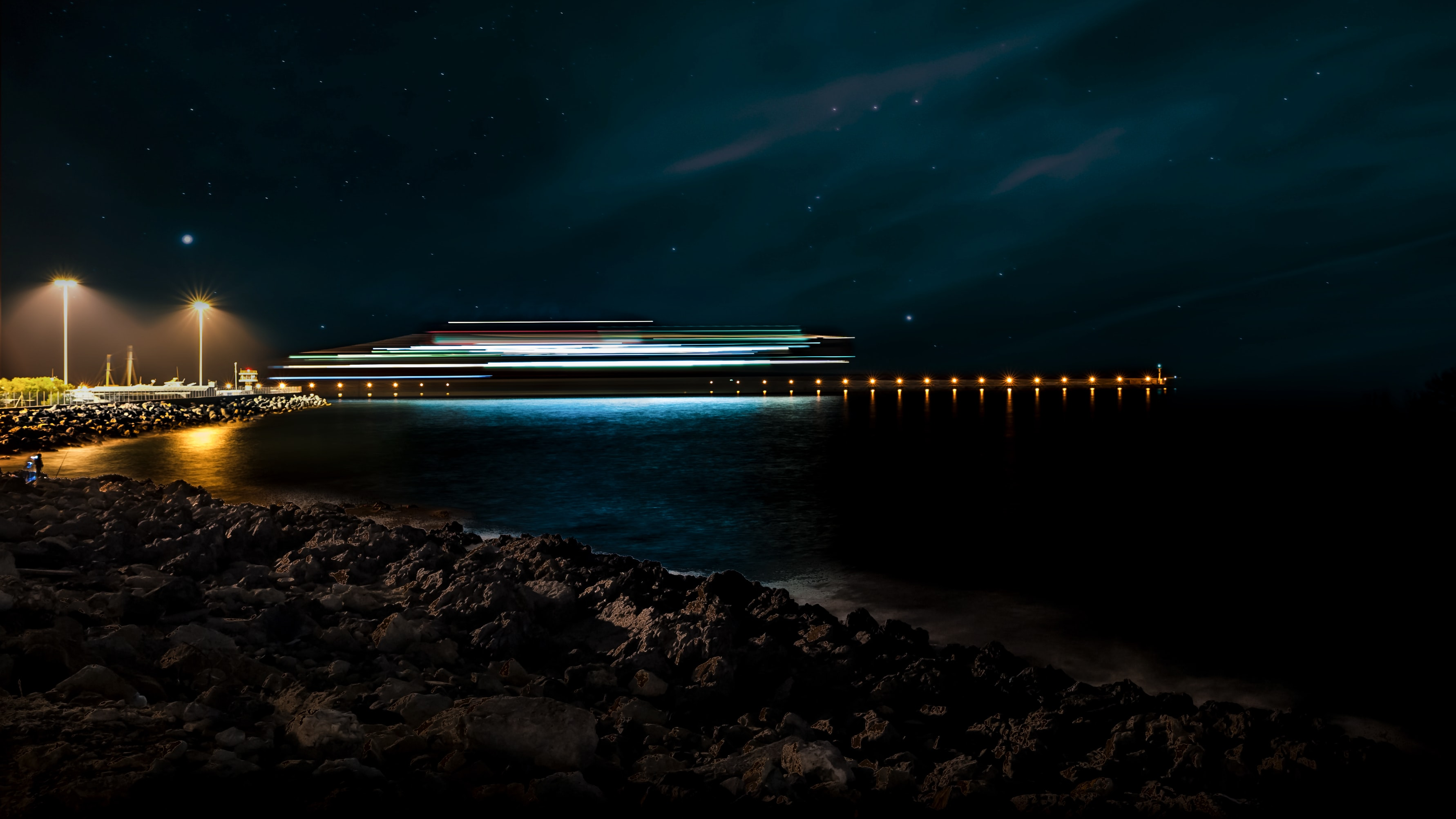landscape photography of a cruise ship during nighttime