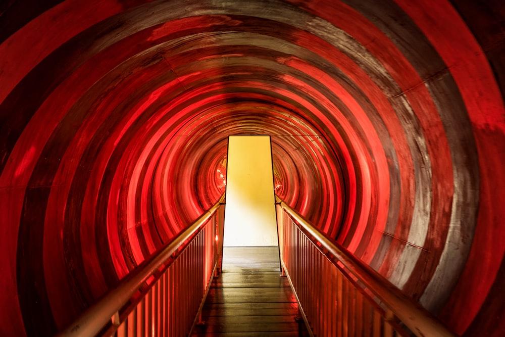 tunnel way