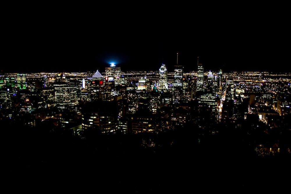 birds eye photo of city