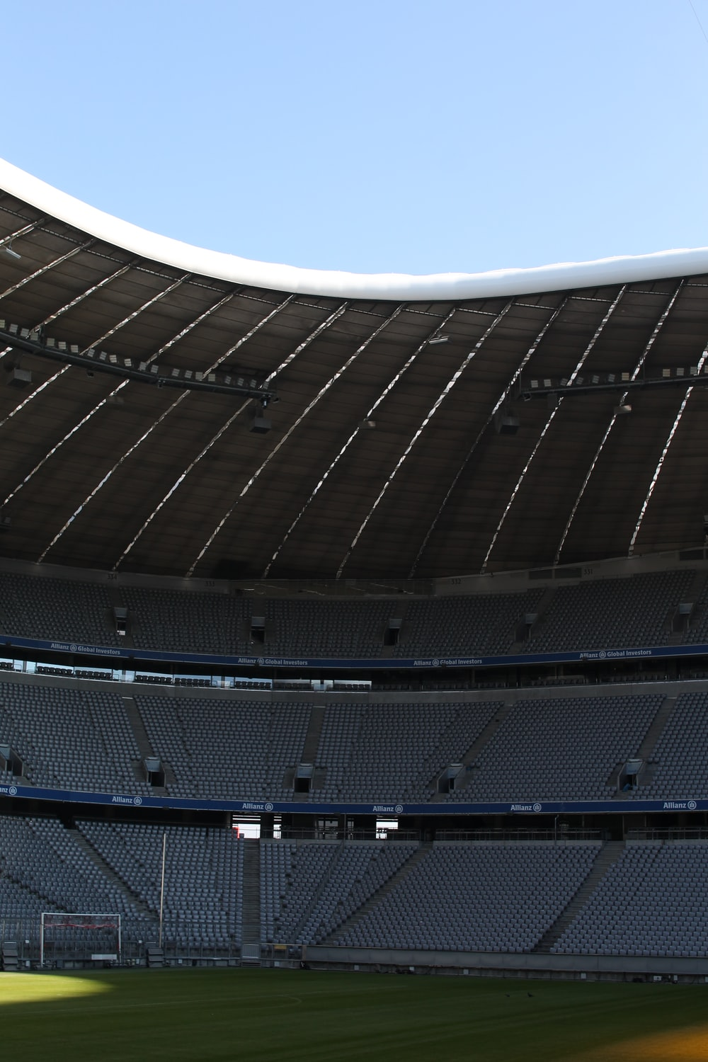 photography of American football stadium at daytime