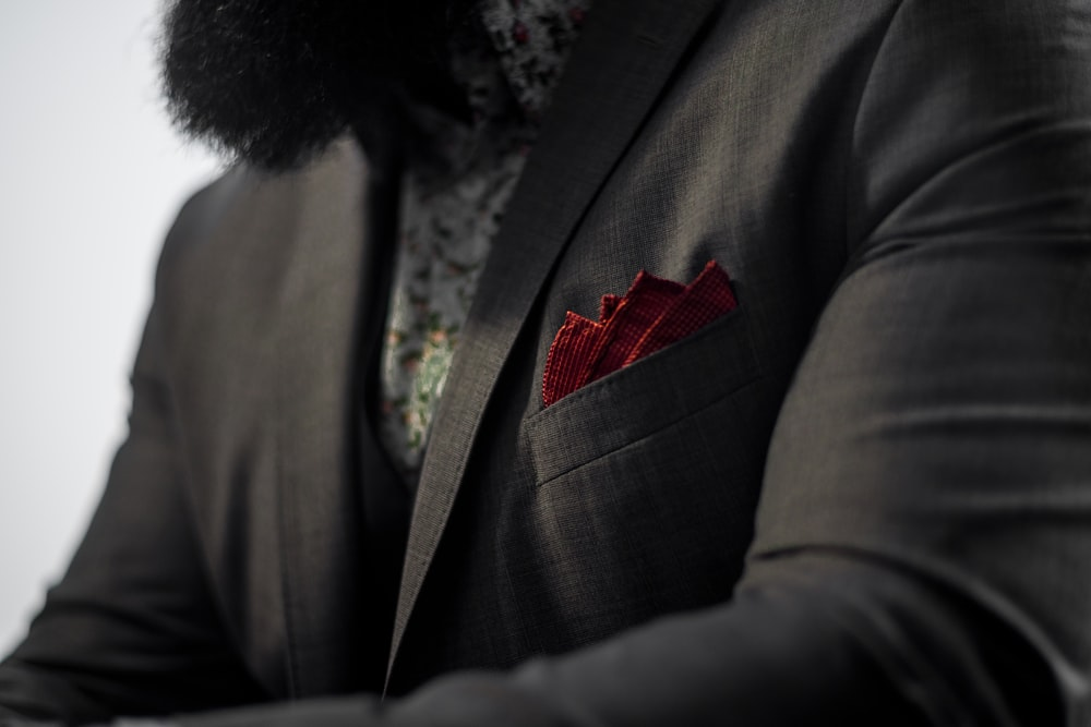 Why Should You Carry A Handkerchief? Know here