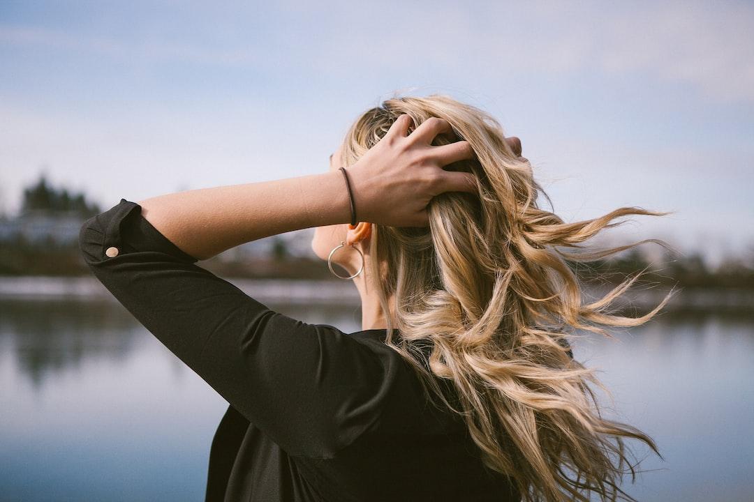 10 Shampoo Terbaik Untuk Atasi Kelemumur