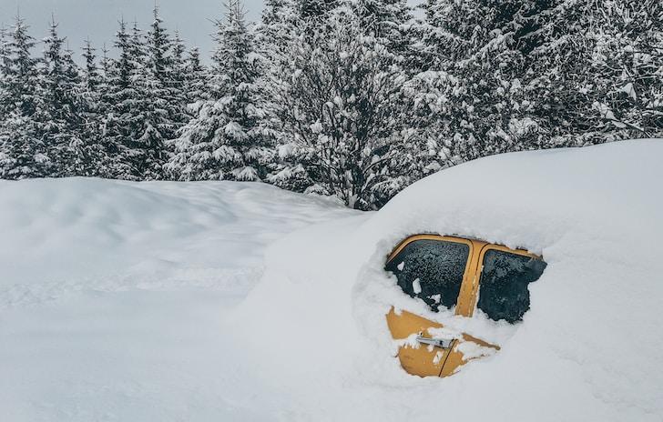 Acquistare una nuova auto può talvolta costituire un problema. Non certo per una questione di prezzi, raramente si è assistito a una pioggia di promozioni nel settore automotive, come quella degli ultimi anni