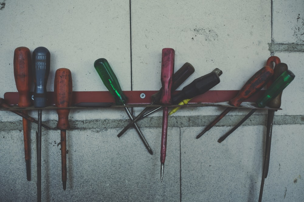 red screwdrivers