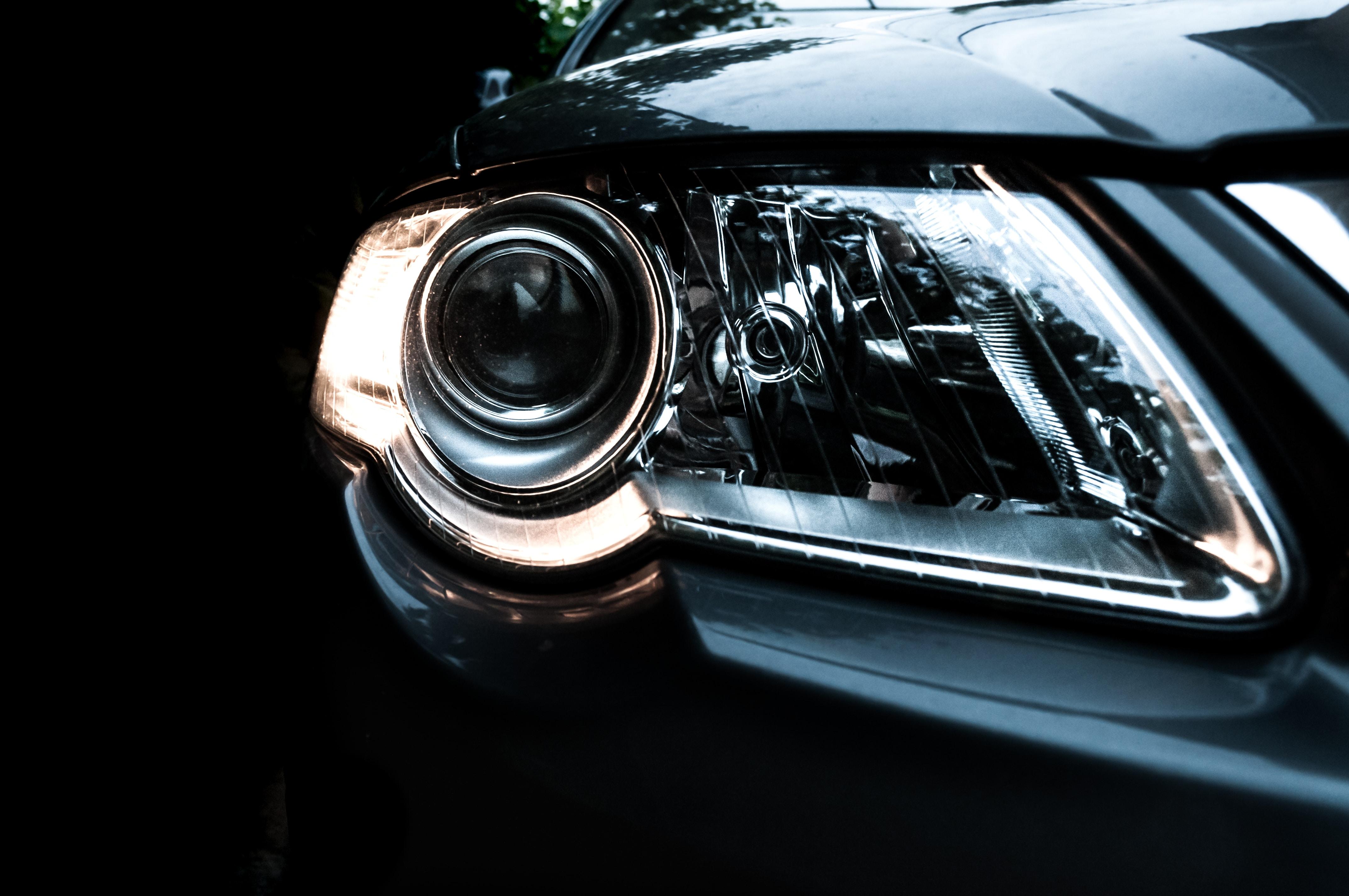 turned on right vehicle headlight