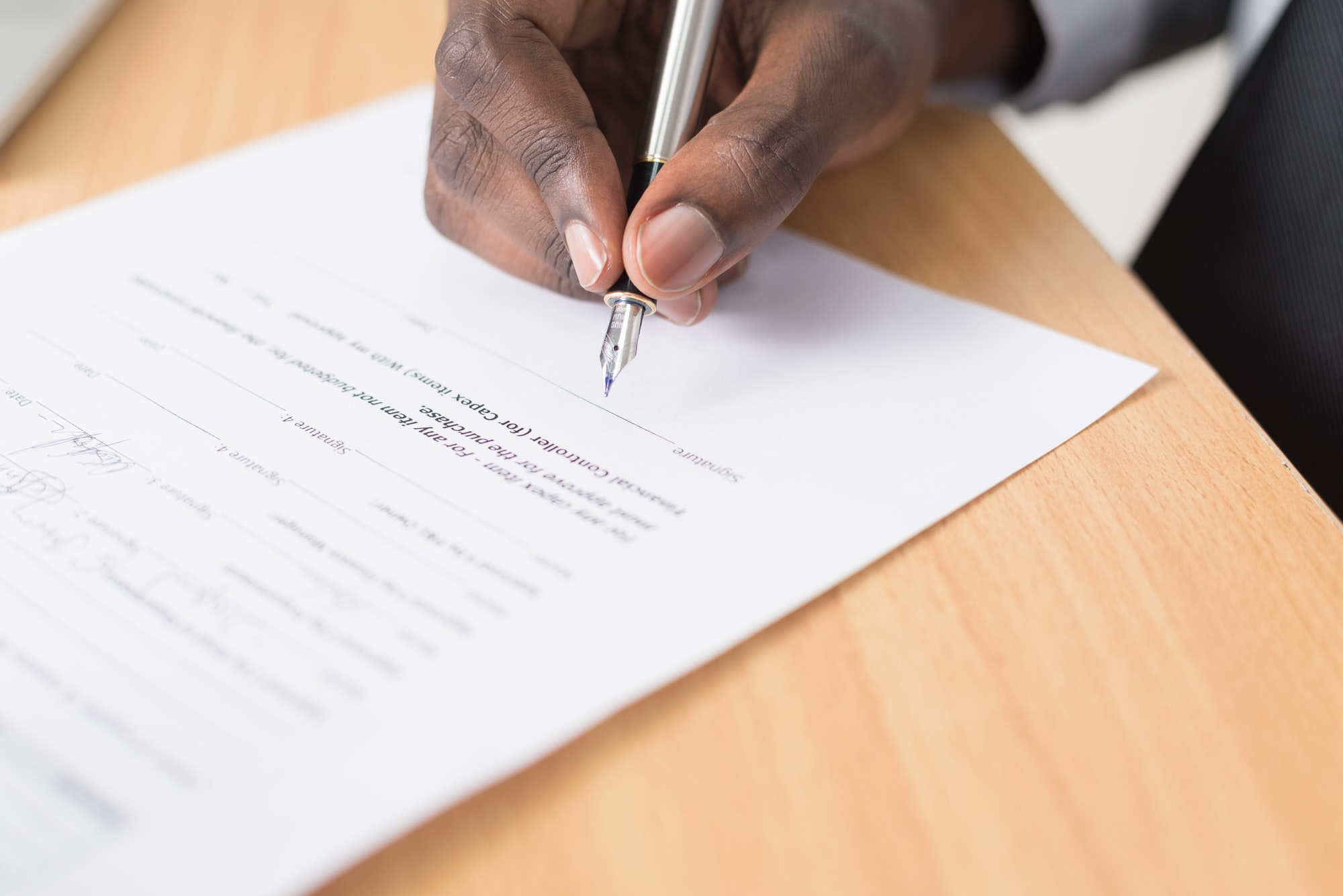 Signing over a transferable warranty on a car