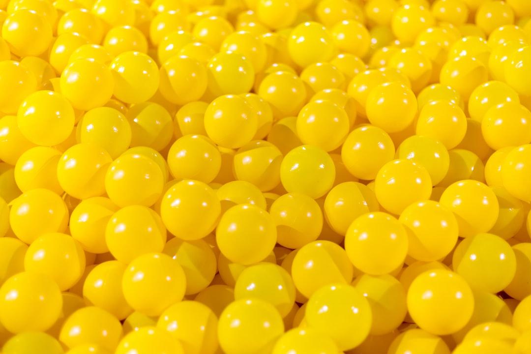 yellow balls photo – Free Yellow Image on Unsplash